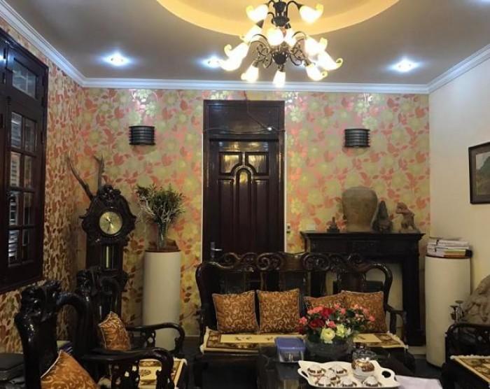 Cần bán gấp nhà tại phố VĂN CAO, Ba Đình. DT 70m2. Giá: 12,4 tỷ.