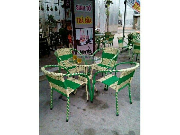 Bàn ghế cafe giá rẻ nhất thị trường2