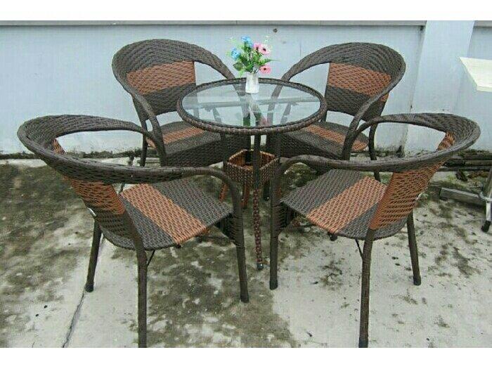 Bàn ghế cafe giá rẻ nhất thị trường3