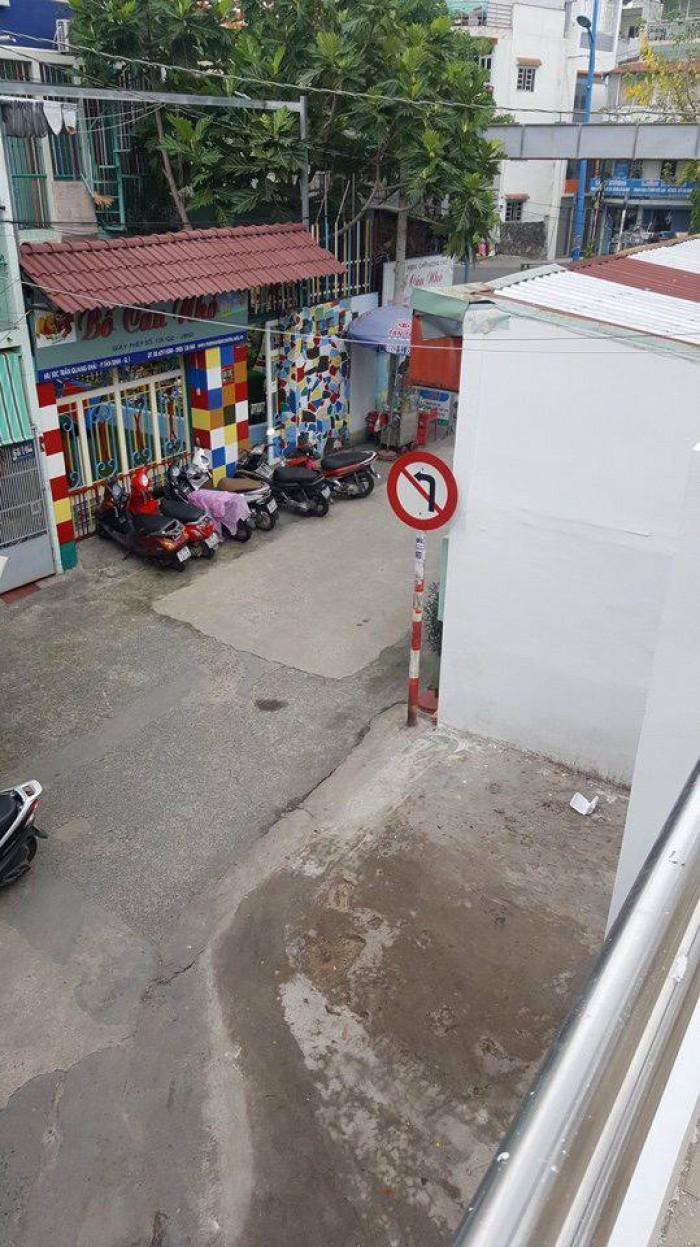 Bán nhà: Đường Trần Quang Khải, P.Tân Định, Q1