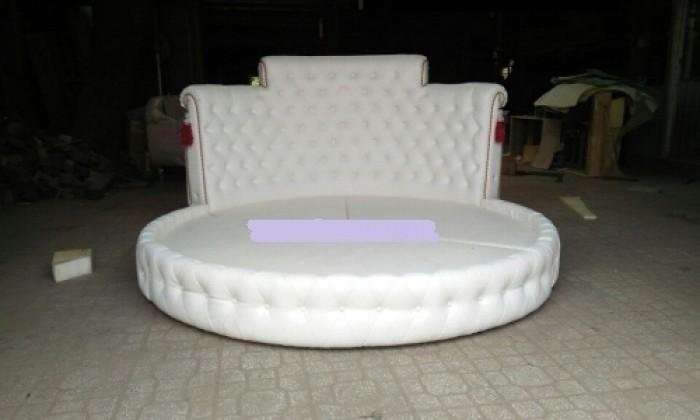 giường tròn màu trắng sang trọng11