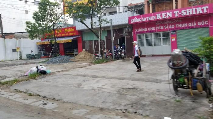 Xây dựng tự do tại kdc Tô Ký gần ubnd huyện Hóc Môn, đất nền sổ riêng