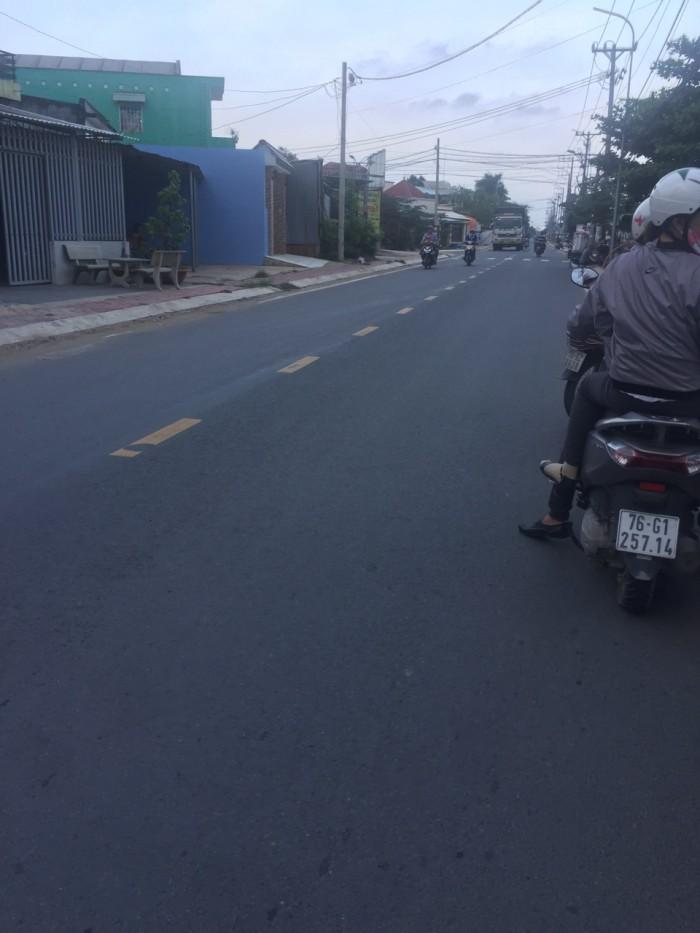 2000 m2 đất thổ cư mặt tiền đường nhựa 20m, xã Hưng Long, Bình Chánh