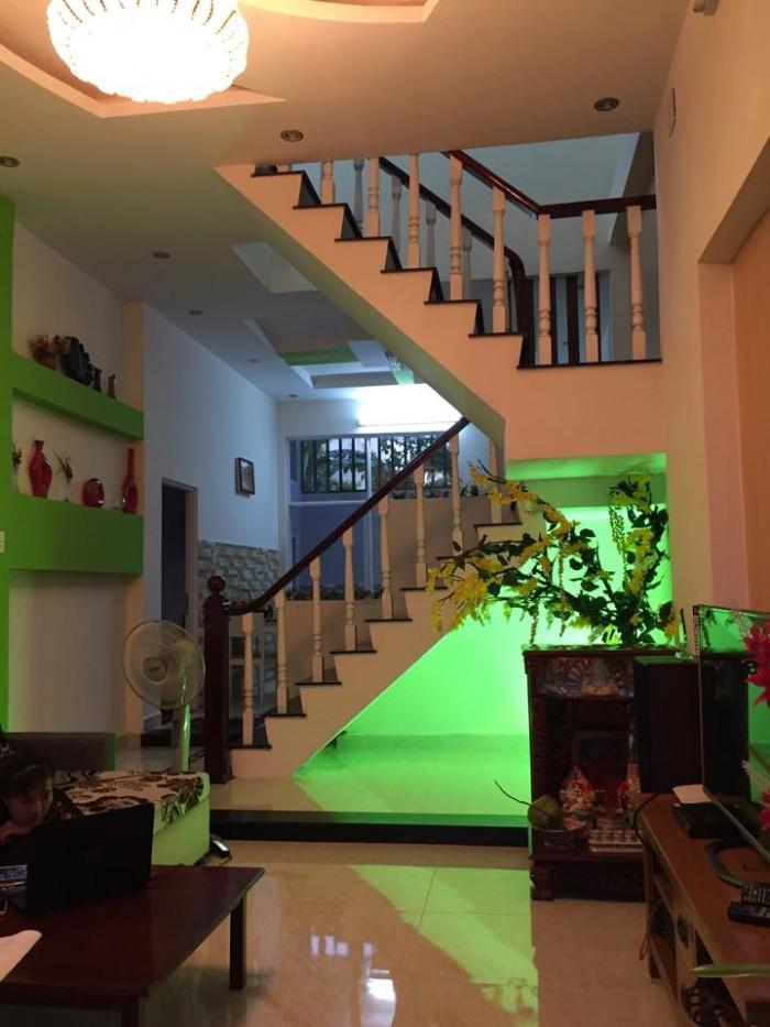 Nhà mặt tiền 5 lầu Trần Đình Xu gần Trần Hưng Đạo, Q.1, DT: 5x21m
