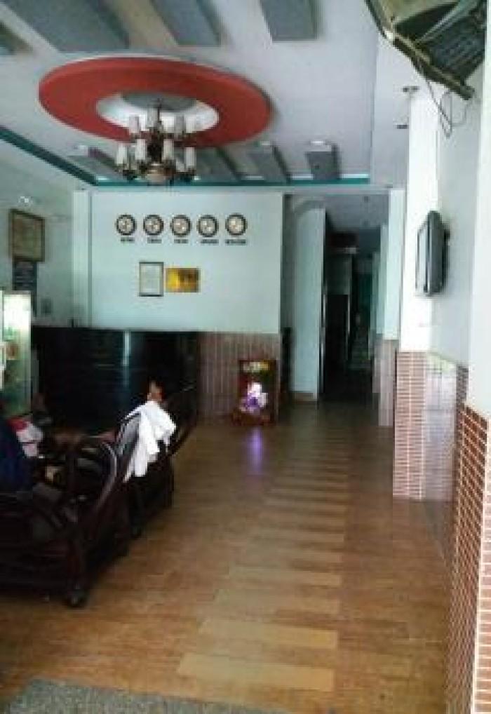 Cần Tiền Bán Khách sạn Hẻm Điện Biên Phủ, Q.3, DT:9x24m Cách MT 10m