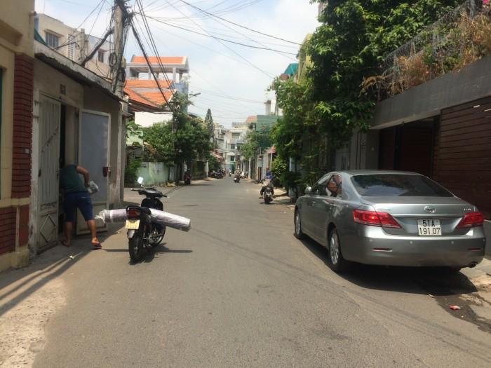 Bán nhà mặt tiền Nguyễn Lâm, Phường 6, Quận 10. DT: 3.3m x 14m. Nở hậu: 4.2m.