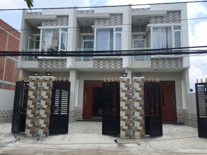 Nhà Hóc Môn ngay Cầu Lớn đường phố Nguyễn Văn Bứa