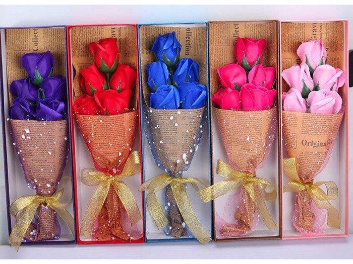 Hoa hồng sáp 5 bông0