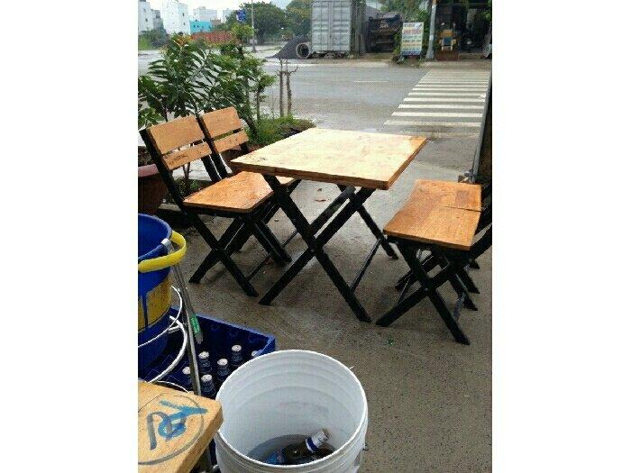 Bàn ghế gỗ giá rẻ nhất0