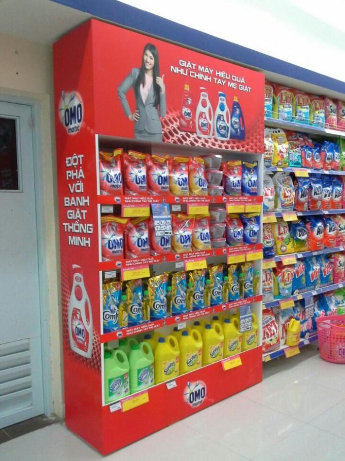 tủ kệ siêu thị1