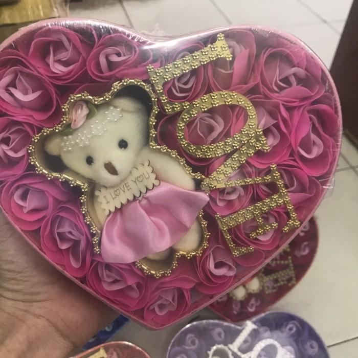Hộp Hoa Hông Có Chữ Love2