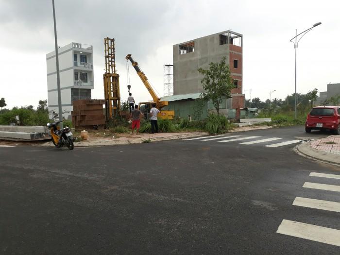 Bán lô đất 56m2, đường 16m, điện âm, khu dân cư đông, gần ubnd P.Long Trường .Q9