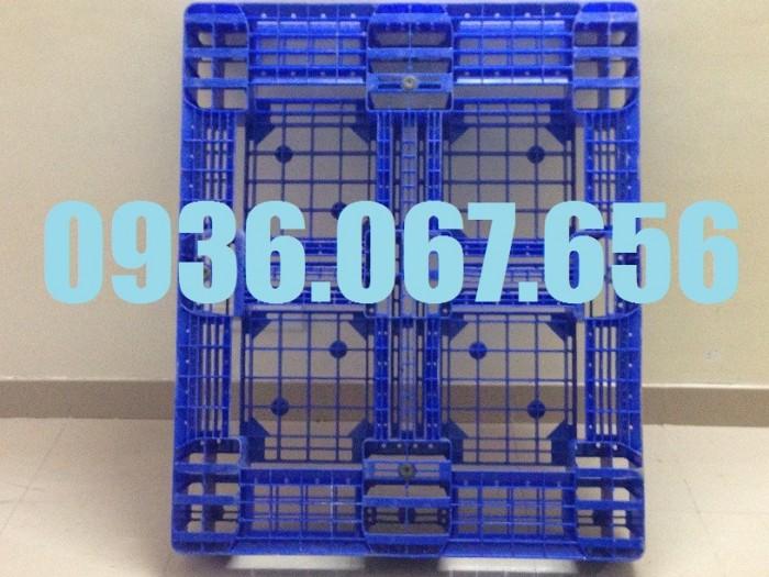 Pallet nhựa cũ, pallet nhựa kê hàng xuát khẩu2