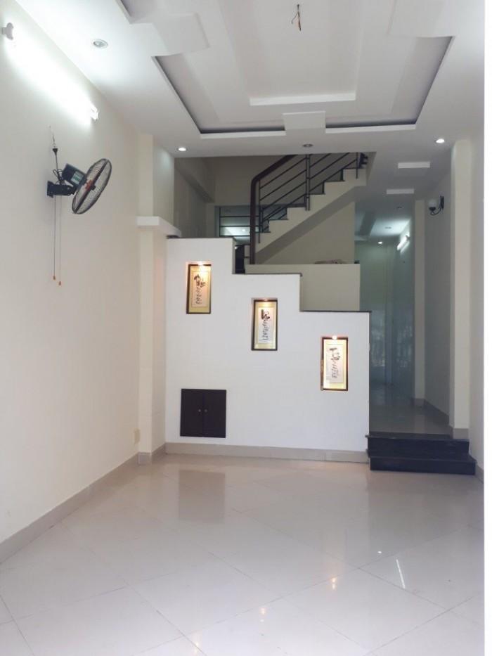 Bán nhà đường Phạm Hữu Lầu Quận 7