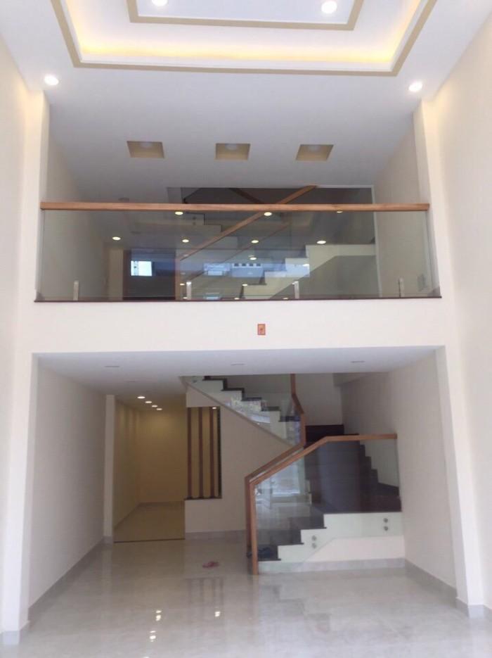 Mặt tiền Phan Văn Trị, F11, Bình Thạnh, 4m x 16m, 4 tầng, giá 10.5 tỷ