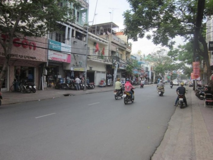 Bán nhà MT Điện Biên Phủ-Đinh Tiên Hoàng, Q1, 3.9mx17m