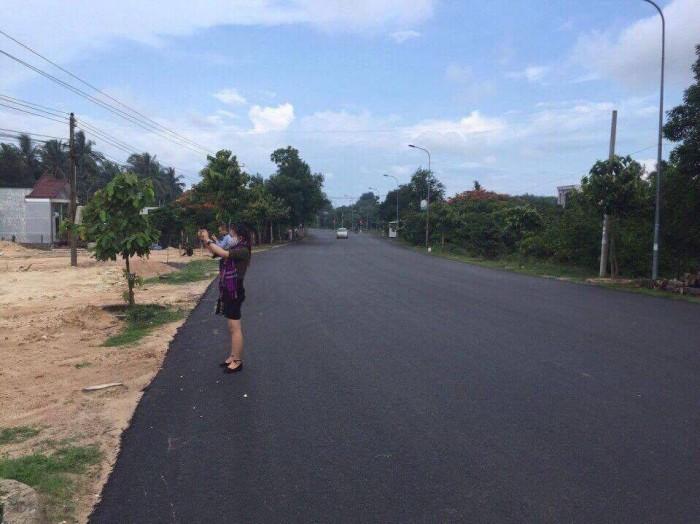 Đất đường Hoàng Hữu Nam Q9, DT:90m2, giá 910 triệu SHR