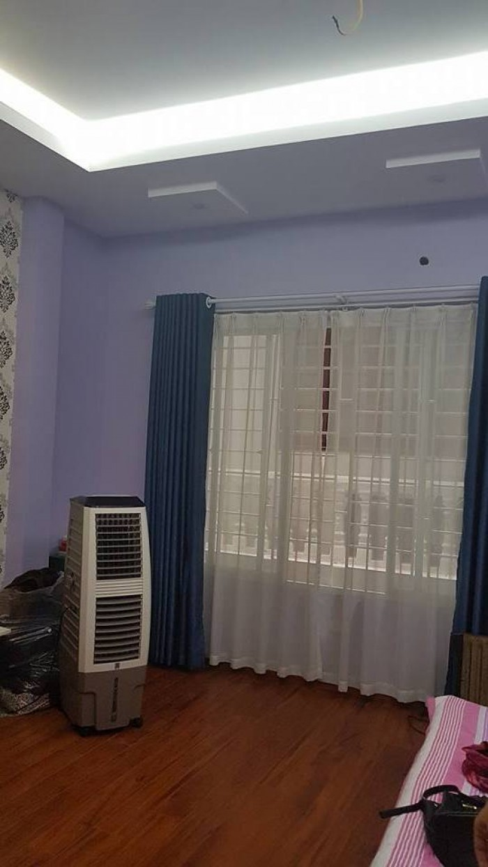 Bán nhà phân lô ô tô đỗ cửa phố Vĩnh Phúc quận Ba Đình nhà đẹp 45mX5T.