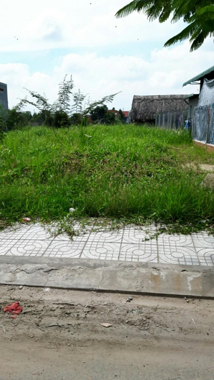 Bán gấp lô đất  LÊ MINH XUÂN, 100M2 shr