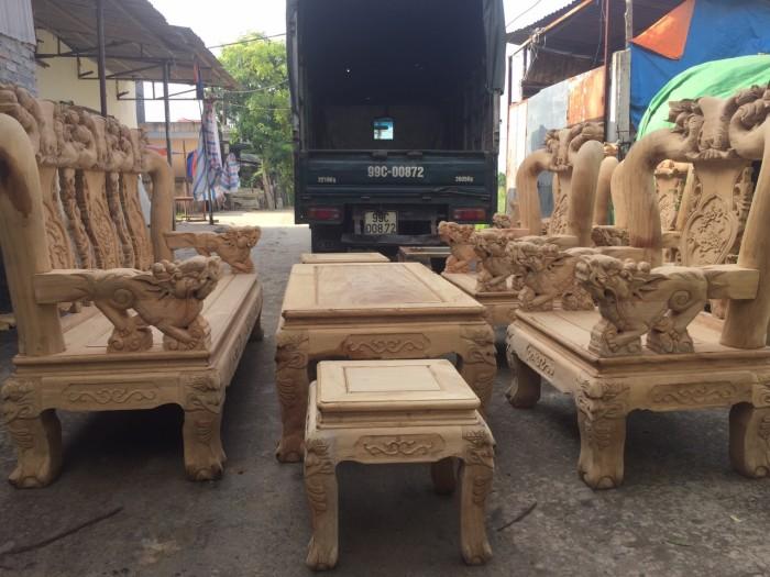 Bộ bàn ghế phòng khách gỗ gụ tay 12 trống ghê1