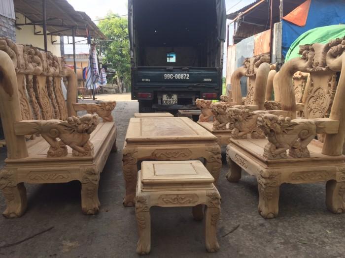 Bộ bàn ghế phòng khách gỗ gụ tay 12 trống ghê3