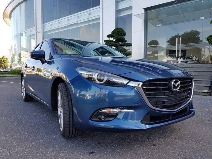 Mazda 3 khi sự an toàn luôn đồng hành cùng bạn