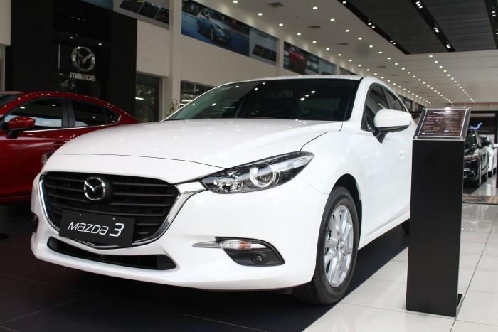 Hot hot...Mazda 3 ưu đãi tốt nhất trong năm