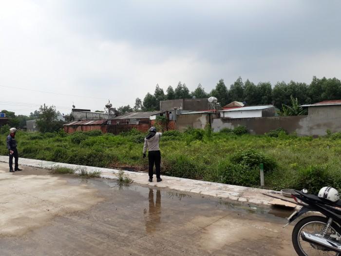 Bán gấp 666m2 đất gia đình đường Bàu CẠn xã Long Phước. SHR giá cực rẻ