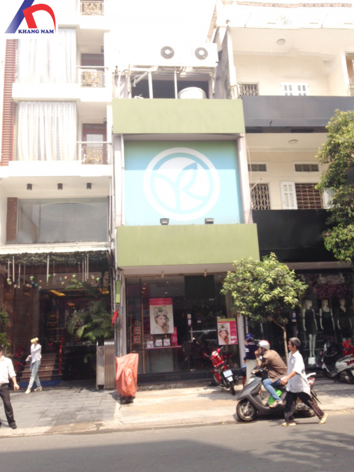 Cho thuê nhà MT Nguyễn Trãi, Q.5, DT: 5x12m, trệt, lửng, 3 lầu.