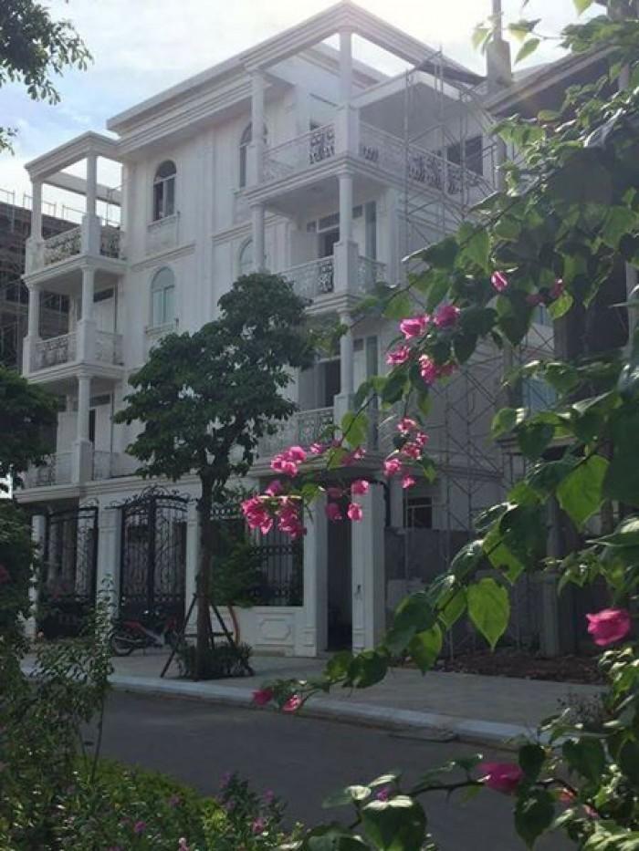 Bán nhà phân lô phố Tô Vĩnh Diện, DT 92m2 lô góc ô tô tránh