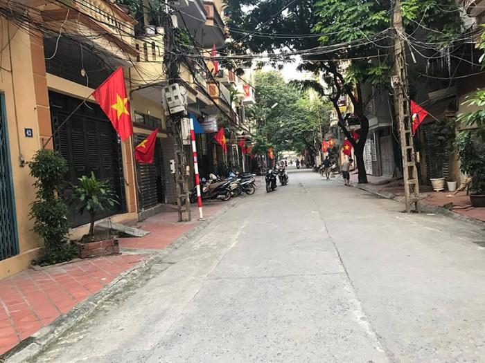 Bán đất chia lô khu Tổng cục 2, Xuân La. Diện tích: 33m2, 42m2, 55m2, 64m2 ( sổ đỏ)