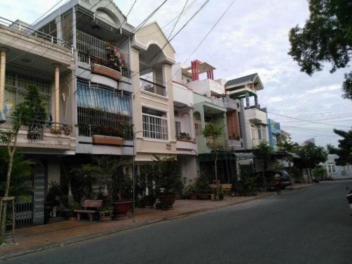 Cần bán lại khách sạn, mặt tiền Hà Huy Giáp 10x20m