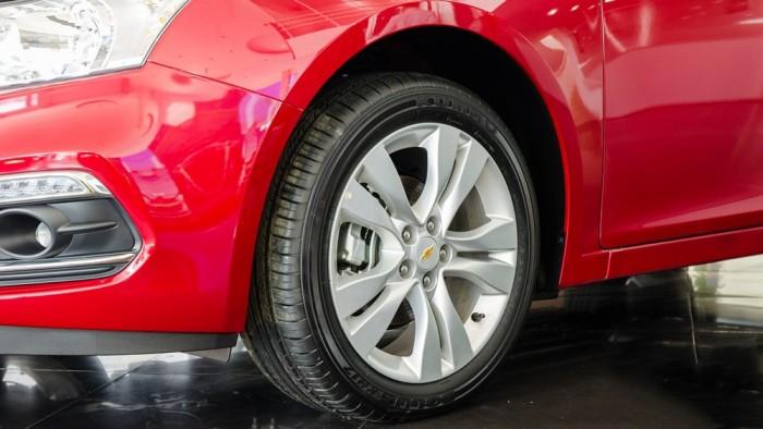 Chevrolet Cruze - Chỉ với 100tr có ngay xe chạy , bao hồ sơ , vay đến 95% 2