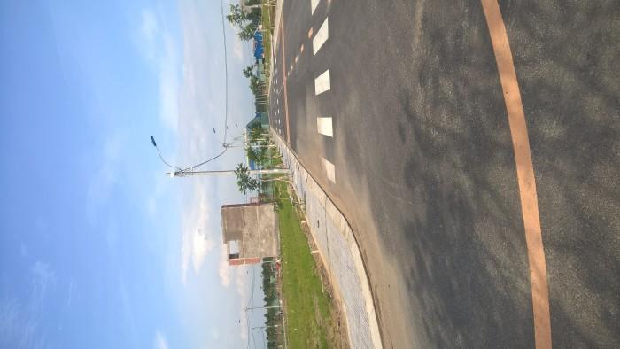 Bán Đất Cách Phú Hữu 800m , Đường Nhựa 12m