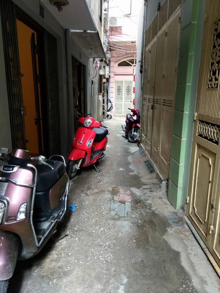 Bán nhà phố Trần Đại Nghĩa quận Hai Bà Trưng 25mx 3 tầng, gần mặt phố.