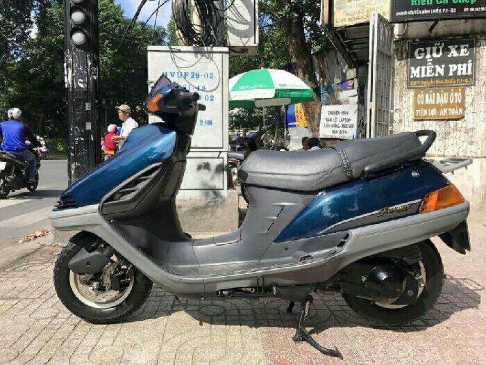 Cần Bán huyền thoại Honda FREEWAY 1