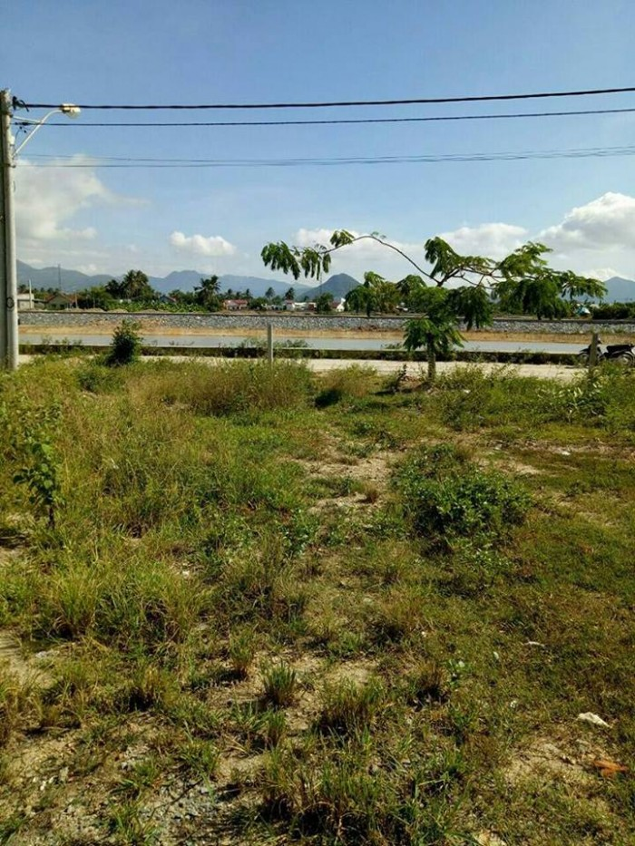 Bán đất và nhà view sông Tắc - Vĩnh Thái - Nha Trang, khu vực đẹp, mát mẻ