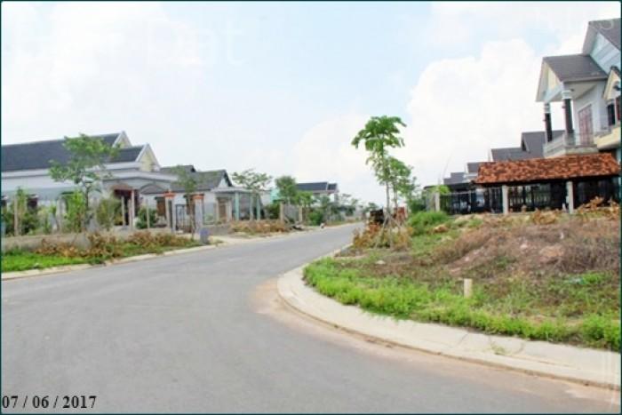 Đất gần Ngân hàng SCB, Quận 2. 35 Lư Đồng