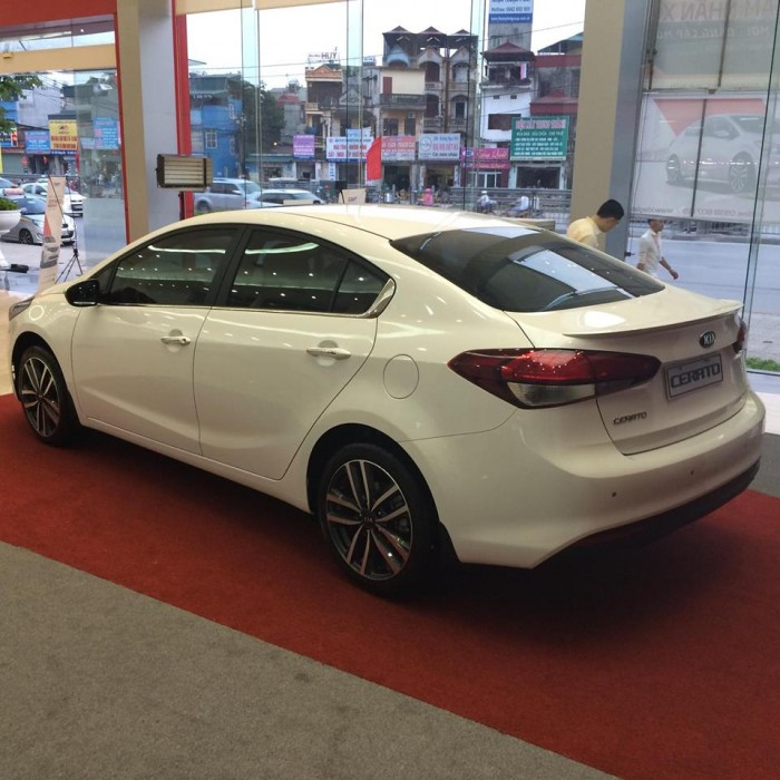 Kia Cerato (Kia K3 facelift) 2.0 L -2017