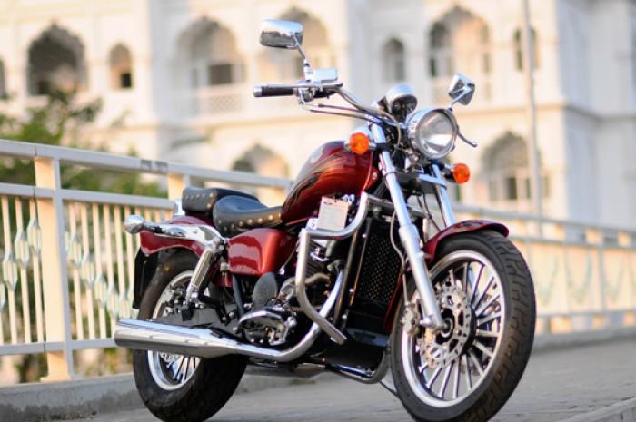 Moto Rebel USA NC Sport170 2k14 màu đỏ mới 95% xe đẹp máy êm nguyên zin