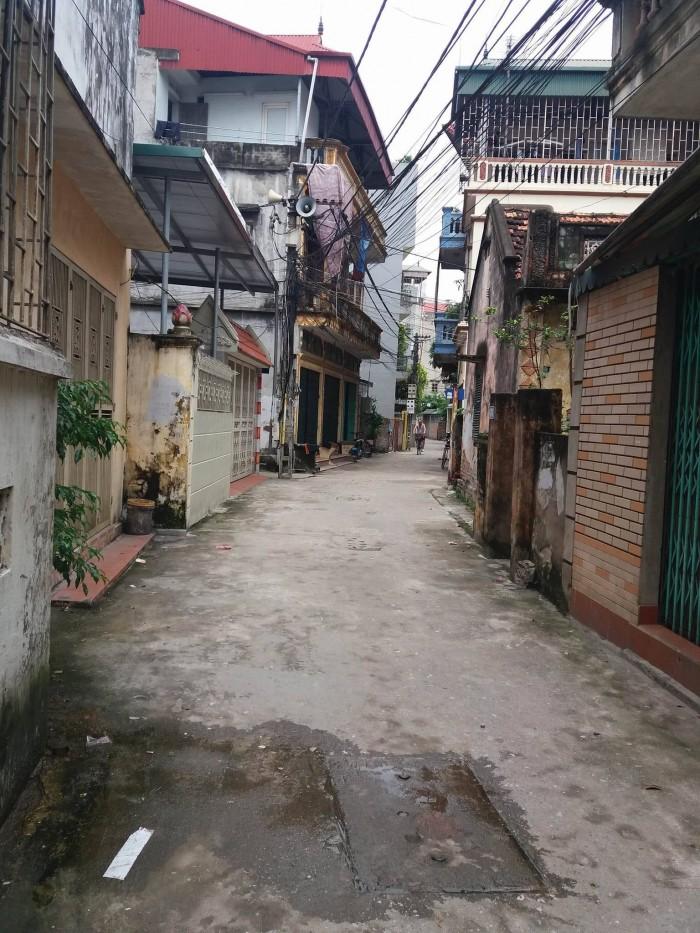 Bán đất ngõ 105 Thanh Am,tổ 24 Thượng thanh, diện tích 70m