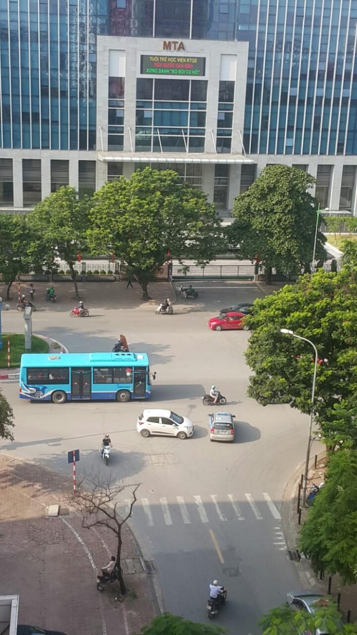 Cho thuê văn phòng 75m2 Tại Phạm Tuấn Tài Hoàng Quốc Việt Hà Nội