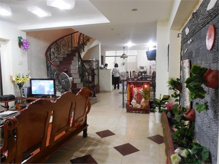 Nhà Mặt Tiền 5 lầu Trần Đình Xu, Quận 1, DT: 5x21m
