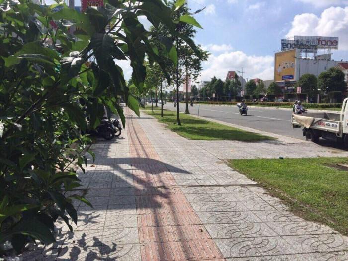 Bán nền Mặt tiền Võ Văn Kiệt, cách ngã 4 Lotter Mart 500m
