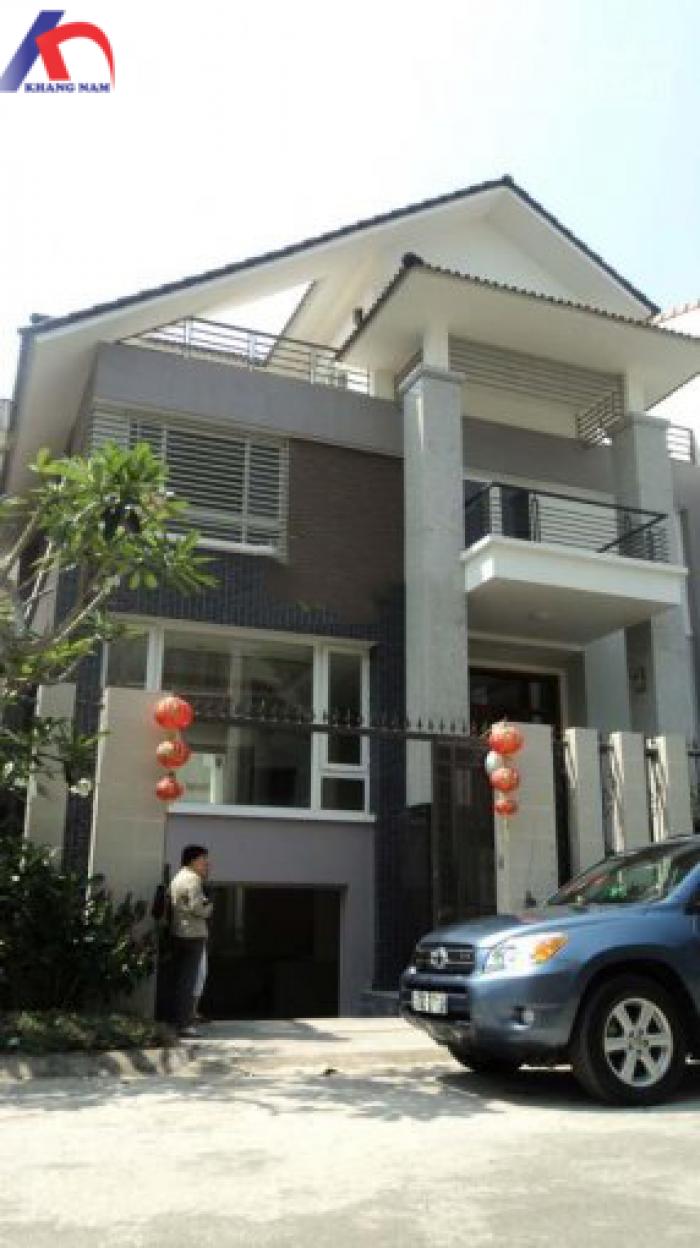 Cần bán biệt thự MT Quách Văn Tuấn, Q.TB, DT: 12x23m, hầm, trệt, lầu