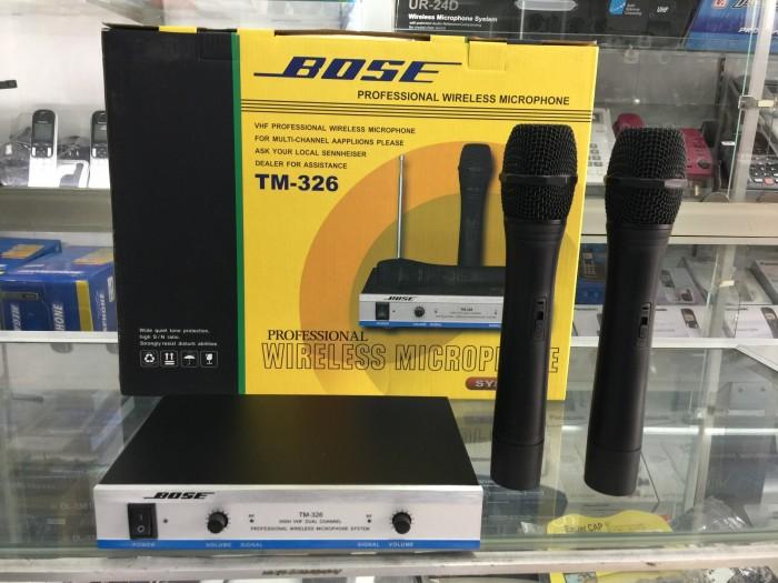 Trọn bộ Micro Bose TM 326 gồm: 2 Micro Boss3