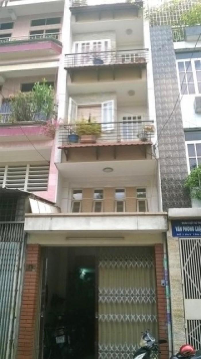 Nhà đẹp MT Hòa Hưng,phường 13,Quận 10.DT:4.5 m x 14.5m, KC: trệt 3 lầu