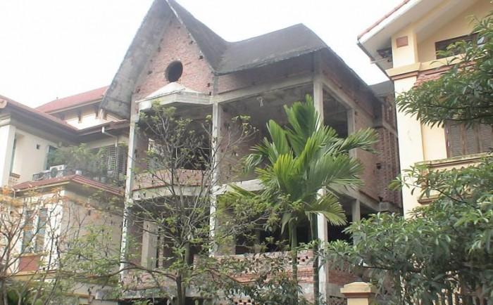 Bán biệt thự tại khu đô thị Mỹ Đình, xây thô 3,5 tầng,khách mua tự hoàn thiện nội thất