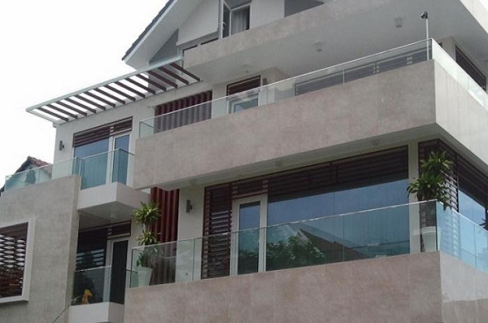 Bán nhà MT Nguyễn Thị Minh Khai – Cao Thắng quận 3, DT 9x34m, giá rẻ