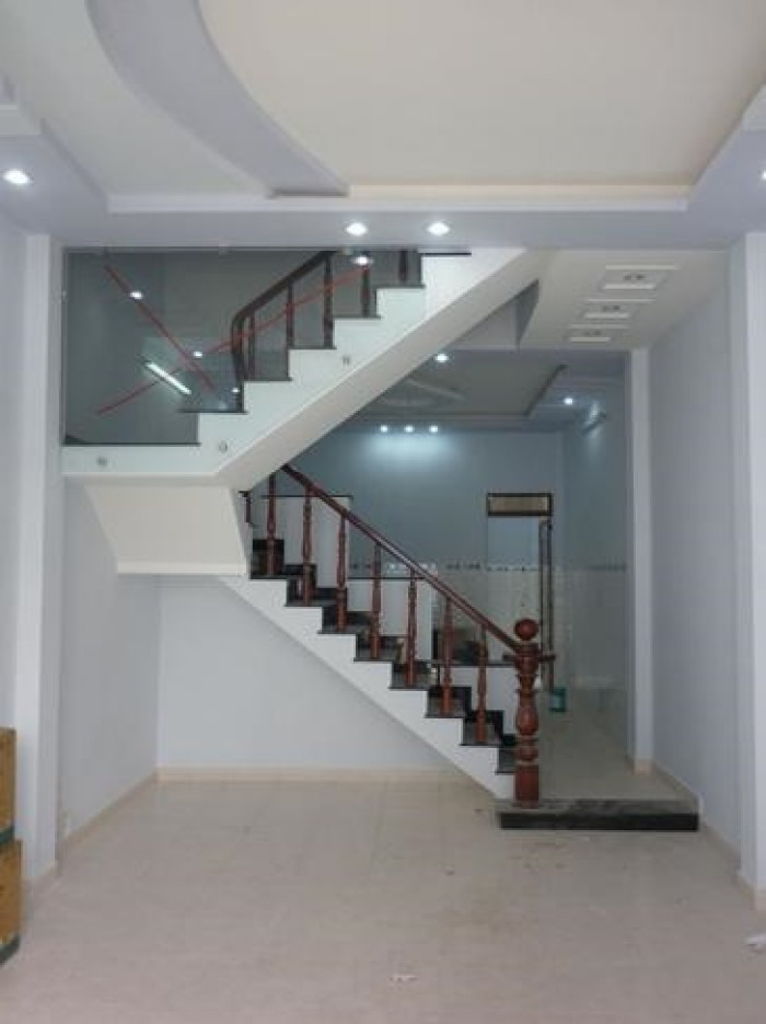 Trả nợ cần bán gấp căn nhà 60m2 nằm ở gần ngã 5 Ng.Thị Tú MTH H.Lộ 80